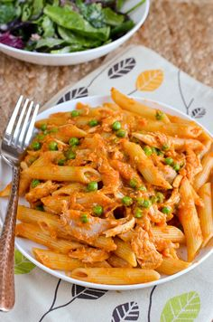 Slimming Eats Syn Free Roasted Tomato and Basil Sauce - gluten free, dairy free, vegetarian, Slimming World and Weight Watchers friendly slimmingworlddinners Healthy Eating Recipes, Raw Food Recipes, Veggie Recipes, Lunch Recipes, Beef Recipes, Vegetarian Recipes, Cooking Recipes, Pasta Recipes, Healthy Food