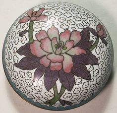 CHINESE CLOISONNE ROUND BOX FLOWERS $67