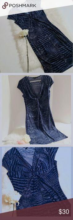"BCBGMAXAZRIA Dress BCBGMAXAZRRI blue with white design knot front dress.  Cap sleeves/v-neck. Size medium. Length: 40"".  Chest: (underarm to underarm front) 17"". Polyester/Spandex. BCBGMaxAzria Dresses Midi"