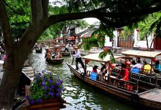 Zhujiajiao is often referred to as Chinas Venice. (Photo by Mark Edelson/The Palm Beach Post) http://avaxnews.net/appealing/China_Land_of_Contrasts.html #avaxnews.net #photo #travel #china #funny