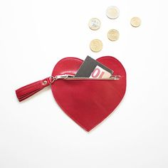 FINDING RED by ClariClarina on Etsy