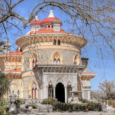 Park and Palace of #Monserrate, #Sintra. This exotic summer villa is one of the finest 19th century structures in the area and was originally built as a getaway for officials of the Portuguese royal court. Explore the palace by hopping off at stop 10 on the Sintra hop-on hop-off bus tour: https://www.cityxplora.com/products/city-sightseeing-sintra-hop-on-hop-off-bus-tour.