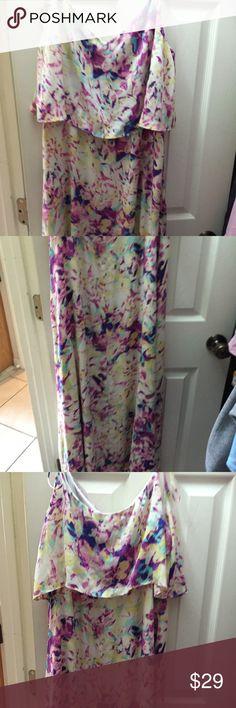Beautiful sun dress Never worn spaghetti strap beautiful sundress Apt. 9 Dresses Backless