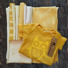 The Perfect Baby Shower Gift! ONE Newborn Size Organic Cotton Onesie, TWO Bamboo Fleece Receiving Blankets // 30x30 inches, FOUR Bamboo Fleece Washcloths