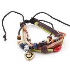love bracelets like this! they make me think of summer on the beach!