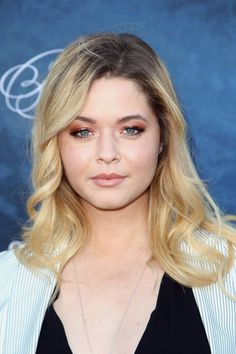 """""""Pretty Little Liars""""' Sasha Pieterse Opens Up About Being the Target of Body…"""