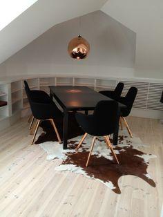 Home I I Interior I Furniture I Eating I Esszimmerstuhl Kupfer I Schwarz I  Design I Scoop