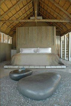 Romantic, organic bedroom by Laurie Owen Interiors, www.laurieoweninteriors.co.za/index1a.html