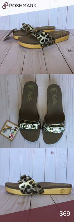 """Flogg Leopard Animal Print Wooden Platform Flats Authentic Flogg Leopard Animal Print Flats   NWT (New With Tags) Size 8 Flip Flop Clog  Adjustable upper with antique gold hardware  Platform is APPROXIMATELY 1.25""""   Attempts have been made to photograph noticeable imperfections (and will be reflected in the price).  Please see all pics and use your phone's zoom feature.   No Trades/Holds  Reasonable offers will be considered (Through the OFFER button only)  Retails for  $100 Flogg Shoes…"""