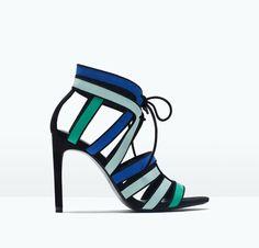 Este verano querrás lucir las mejores sandalias de tacón con las rebajas de ZARA.  #Modalia | http://www.modalia.es/marcas/zara/7849-sandalias-tacon-rebajas.html  #sandalias #heels #zara #summer