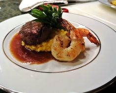 PLATED MENU | Duo Plate with tender beef filet and grilled shrimp. http://www.katherine-king.com
