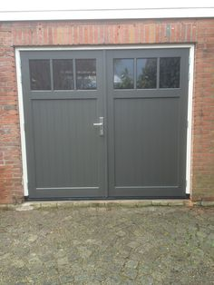 Barn Door Designs, Garage Door Design, Garage Shed, Garage Doors, Tiny House Listings, Diy Door, Outdoor Dining, Outdoor Decor, Garages