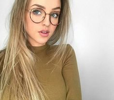 Super glasses frames for women hipster dream closets ideas - super glasses . - Super glasses frames for women hipster dream cabinets ideas – Super glasses frames for women hips - Round Glasses Womens, Girls With Glasses, Round Frame Glasses, Womens Glasses Frames, Super Glasses, Free Glasses, Hipster Glasses, Glasses Style, Glasses Outfit