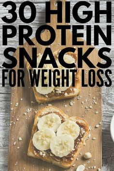 Whether youre looking for healthy low carb breakfast on the go ideas need 100 calorie snacks to help you lose weight or need easy portable snacks to eat before or after a workout weve got 30 high protein snacks that are not only delicious but that 100 Calorie Snacks, Healthy Protein Snacks, Healthy Drinks, High Protein Snacks On The Go, Healthy Low Calorie Breakfast, Healthy Food, Protein For Breakfast, High Carb Snacks, Healthy Filling Snacks