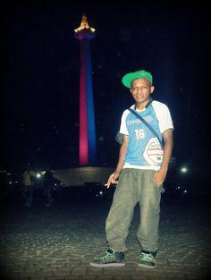 saya di Monas (monumen Nsional Indonesia)