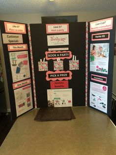 Display board for events. Would like to make one of these for my next few shows!!!  mythirtyone.com/jennieduck