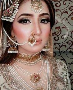 Pakistani Bridal Jewelry, Indian Wedding Jewelry, Pakistani Wedding Dresses, Nikkah Dress, Wedding Dresses For Girls, Wedding Outfits, Wedding Themes, Bridal Dress Design, Gold Jewellery Design
