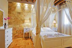 Bedroom gold