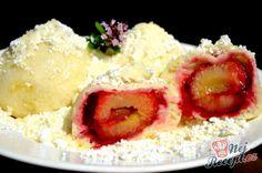 Švestkové knedlíky z kynutého těsta   NejRecept.cz Thing 1, Mashed Potatoes, Grains, Food And Drink, Gluten, Rice, Sugar, Ethnic Recipes, Czech Republic