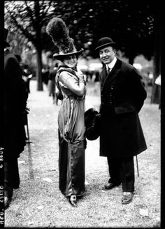 """""""Haute Couture at the Longchamp Grand Prix, 1910-20: men and women″"""