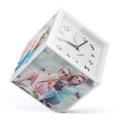 Reloj y marco de fotos.