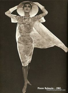 Pierre Balmain ~ - Head to Toe Fashion Art Pierre Balmain, 1960s Fashion, Fashion Art, Vintage Fashion, Vintage Style Dresses, Vintage Outfits, French Fashion Designers, Stunning Dresses, Vintage Designs
