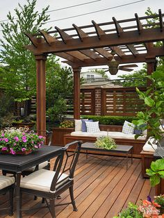 Wood Decking: Naturally Durable