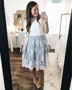 How gorgeous is this lace skirt guys?? It's one of the prettiest skirts I have ever purchased. It's even prettier in person and it's on sale right now! It's out of stock in several sizes, but keep checking back because different sizes come back in stock often! The skirt and the other pieces in my outfit are linked here ➡️ http://liketk.it/2oZnR @liketoknow.it #liketkit