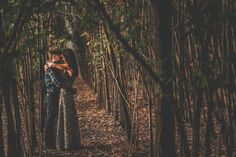 http://www.franmenez.com/fran-menez-fotografo-de-bodas-fotografos-de-boda-reportajes-de-boda-pre-boda-belen-y-sergio-pre-boda-en-bosque-de-chopos/
