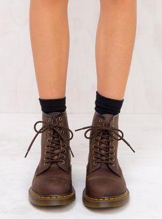 Dr. Martens 1460 Gaucho Crazy Horse Boots