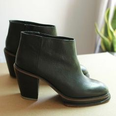 Rachel Comey 'Bout' Bootie 9 Black Leather Platform Heel Ankle Boot Camel Mars