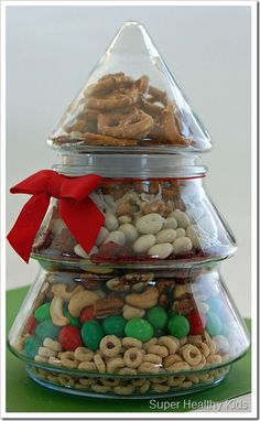 simple holiday snack mix