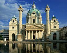 Johann Bernhard Fischer von Erlach: Karlskirche, Vienna