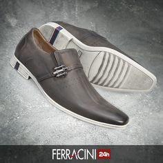 A linha Straat está fazendo muito sucesso entre os homens que buscam um sapato confortável e com estilo sutil, proporcionado pela aplicação de listras em seu solado.  O que acharam?  #ferracini24h #shoes #cool #trend #brasil #manshoes