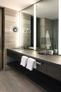 miroir-salle-de-bain-avec-led-lumière-blanche