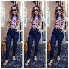 Kenia Ontiveros OOTD Top: @bellachicboutique7  Jeans: Bebe  Shoes: Prada  Bag: Gucci  Sunglasses: Gucci  Lipstick: @cosmeticsby_parezzi