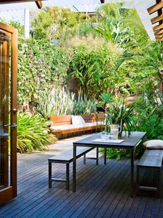 House & Garden Natural instinct: Brisbane open-plan :ninemsn Homes Modern Garden Design, Landscape Design, Small Gardens, Outdoor Gardens, Outdoor Rooms, Outdoor Living, Outdoor Lounge, Dream Garden, Home And Garden