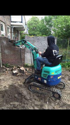 Uitbouw uitgraven!   Voor grond-en sloopwerken, grondverzet machines en andere apparatuur benadert u natuurlijk Rob Schep Verhuur!!  Ga naar robschepverhuur.nl