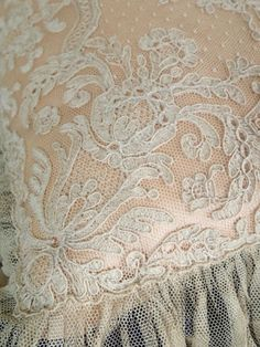 Exquisite Pair Antique French Alencon Lace Pillow Sham, Ecru French Alencon Lace, color of the lace is Soft Ecru. (Not including the Lace Condition of the lace is very good, no holes or stains. Lace Embroidery, Vintage Embroidery, Lace Ribbon, Lace Fabric, Antique Lace, Vintage Lace, Pillow Shams, Pillows, Linens And Lace