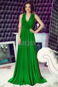 O rochie de ocazie mai potrivita decat modelul Green Versatile de pe Fashion-24 nu vei gasi foarte curand. Rochii lungi de seara elegante online | Fashion-24.ro Pale Pink, Turquoise, Formal Dresses, Green, Hollywood, Outlet, Romania, Mall, Fashion