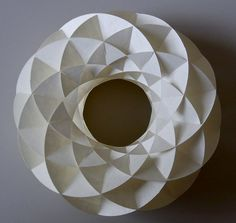 conform to the bend of the curve...Prof Yoshinobu Miyamoto on http://popuppaper.blogspot.co.uk/