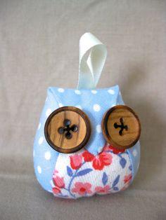 Little Owl Crafts on Etsy https://www.etsy.com/listing/127815860/little-owl-keyring-blossom