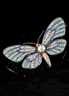 Duval, Le Turcq - An antique gold, enamel and diamond butterfly brooch, Paris, circa 1889. Signed Duval & Le Turcq. 5.0 x 3.0cm. #LeTurcq #antique
