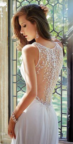 Major Statement Back ~ Sophia Tolli Fall 2014 Bridal Collection | bellethemagazine.com