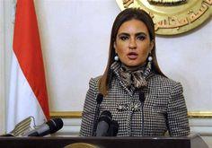 سحر نصر: السعودية ضخت  900 مليون دولار لتنمية سيناء  كتبت : منال المصري: قالت سحر نصر وزيرة الاستثمار والتعاون الدولي إن الصندوق السعودي للتنمية ضخ خلال الأسابيع الماضية 400 مليون دولار لتنمية سيناء ليصل إجمالي التمويلات التي ضخها الصندوق 900 مليون دولار. وكانت مصر وقعت على مذكرات تعاون مع الصندوق السعودي للتنمية لتمويل مشروع شبه جزيرة سيناء بقيمة 1.5 مليار دولار. ويشمل البرنامج 12 اتفاقية منها برنامجا لتمويل مشروع جامعة الملك سلمان بن عبد العزيز فى مدينة الطور وإنشاء 9 مجمعات سكنية في شبه…