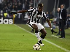 Juventus' midfielder from France Paul Pogba controls the ball during the UEFA Champions League football match Juventus vs Atletico Madrid at the 'Juventus Stadium' in Turin on December Juventus Soccer, Juventus Stadium, Champions League Football, Uefa Euro 2016, Euro 2012, Website Features, Football Match, Europa League, European Football