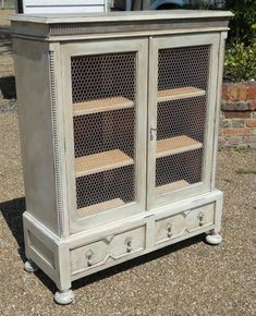 ANTIQUE VINTAGE SHABBY CHIC FRENCH COUNTRY RUSTIC CUPBOARD CABINET BOOKCASE KEY.  I love using chicken wire.