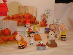 Hallmark Linus & The Great Pumpkin Patch With 8 Figurines / Ornaments Halloween The Great Pumpkin Patch, Great Pumpkin Charlie Brown, Halloween Items, Spooky Halloween, Peanuts Halloween, Selling On Ebay, Whimsical, Ornaments, Cool Stuff