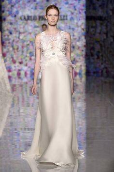 Carlo Pignatelli Fashion Show  #carlopignatelli #fashionshow #hautecouture #wedding #weddingdress #bridalgown #groom #bride #madeinitaly #2018collections