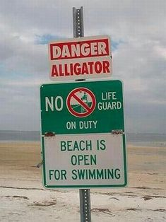 We sometimes go abroad and see very funny sign that just has to be pictured. So this post is dedicated to very funny and weird signs around the world! Funny Road Signs, Fun Signs, Funny Street Signs, Funny Fails, Funny Jokes, Hilarious, Bizarre, Funny Couples, Beach Signs